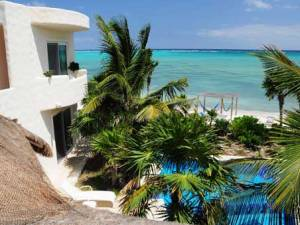 Could a naked vacation be any more romantic than in a setting like  Villa Dolce Vida in Tulum?